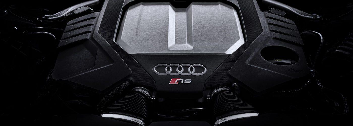 RS6: Silnik